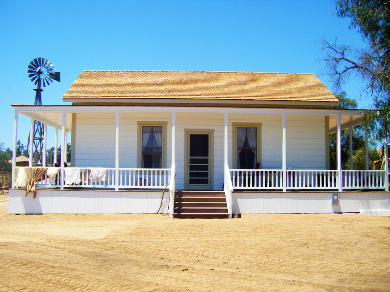 Sikes Adobe Farmhouse 01