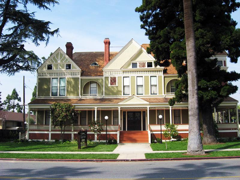 Walker House 01